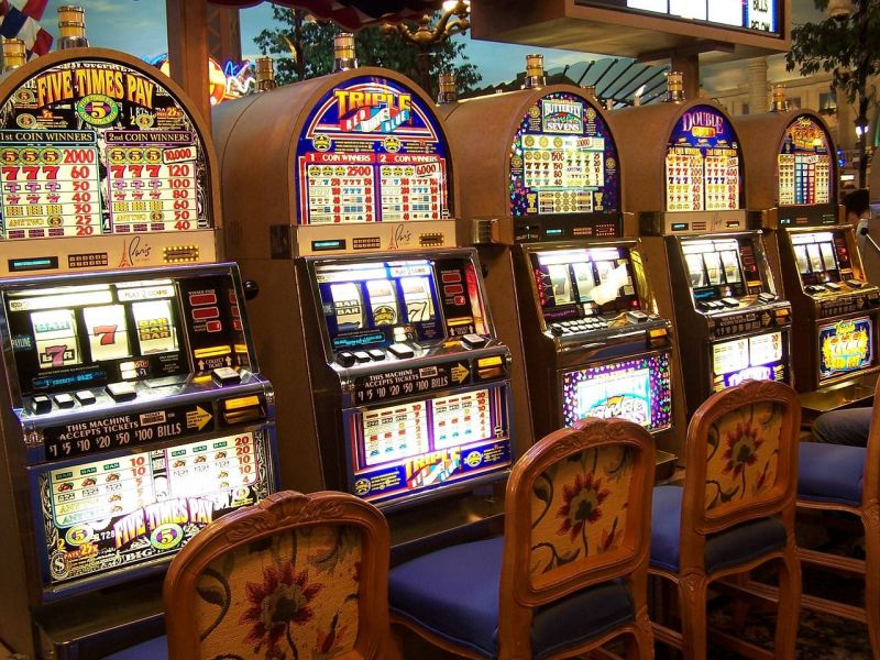 What preparation should be made before playing a slot game casino?