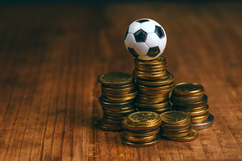 Determine and estimate winning chances in online betting